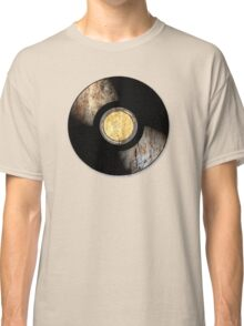 Vintage Vinyl Record Rust Texture - RETRO MUSIC DJ! Classic T-Shirt