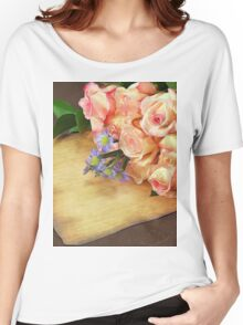 A bunch of Roses Women's Relaxed Fit T-Shirt