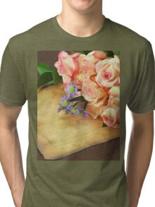 A bunch of Roses Tri-blend T-Shirt