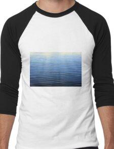 Ripples in the blue water pattern. Men's Baseball ¾ T-Shirt
