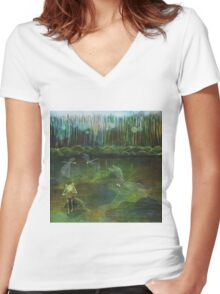 Frog on his Rock Women's Fitted V-Neck T-Shirt