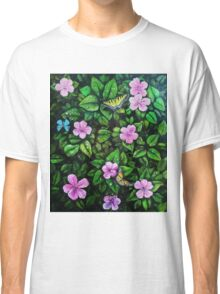 Spreading wings and leaves Classic T-Shirt