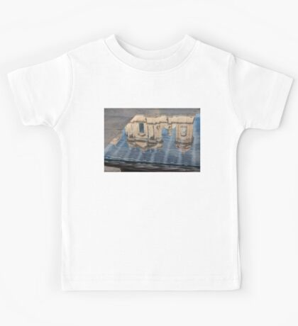 Reflecting on Noto Cathedral Saint Nicholas of Myra - Sicily, Italy Kids Tee