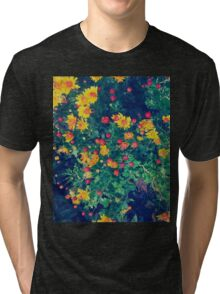 Multicolored meadow whimsical wild daisy flowers Tri-blend T-Shirt