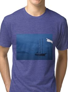 Boat by Sillouette Island - The Ibiza crop Tri-blend T-Shirt