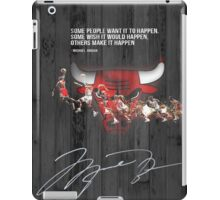 Michael Jordan makes it happen iPad Case/Skin