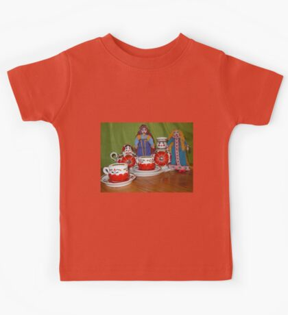 Russian Doll Tea Time Kids Tee