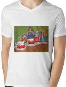 Russian Doll Tea Time Mens V-Neck T-Shirt