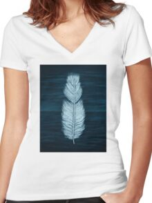 Sea & Sky Women's Fitted V-Neck T-Shirt