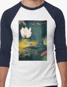 Waterlily in garden pond Men's Baseball ¾ T-Shirt