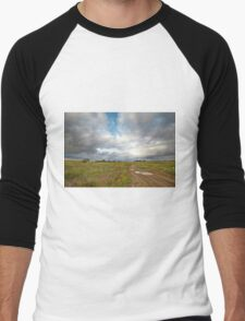 Country road and clouds Men's Baseball ¾ T-Shirt