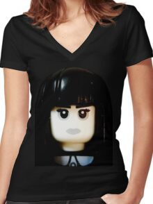 The Goth Girl is here Women's Fitted V-Neck T-Shirt