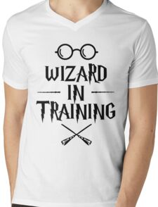 Wizard in training HP Mens V-Neck T-Shirt