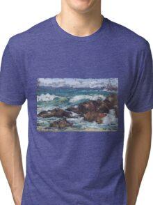 Flynns Beach rocks & surf  Tri-blend T-Shirt