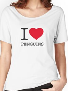 I ♥ PENGUINS Women's Relaxed Fit T-Shirt