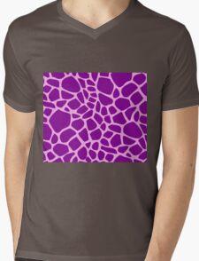 Giraffe pattern (pink and purple) Mens V-Neck T-Shirt
