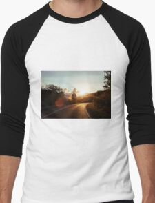 Road at sunset Men's Baseball ¾ T-Shirt