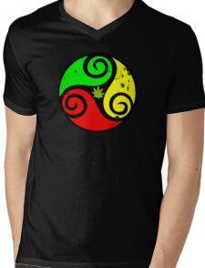 Grunge Reggae Love Vibes - Cool Weed Cannabis Reggae Rasta T-Shirt NoteBooks Stickers Mens V-Neck T-Shirt