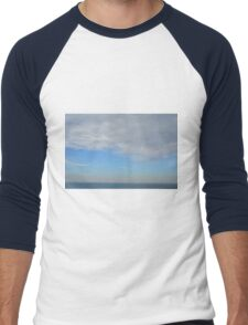 Cloudy sky above the sea. Men's Baseball ¾ T-Shirt