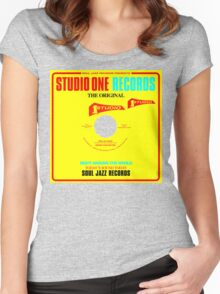 Studio One Original Women's Fitted Scoop T-Shirt