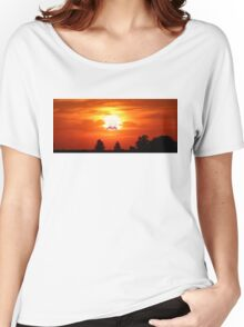 SCREAMING SUNSET RICK AND MORTY  Women's Relaxed Fit T-Shirt