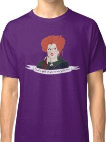 Love Winnie Classic T-Shirt