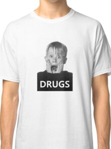 Macaulay Culkin -Drugs- Classic T-Shirt