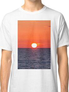 Orange sunset II Classic T-Shirt