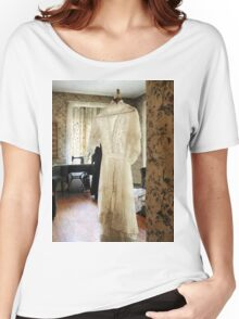 19th Century Wedding Dress Women's Relaxed Fit T-Shirt