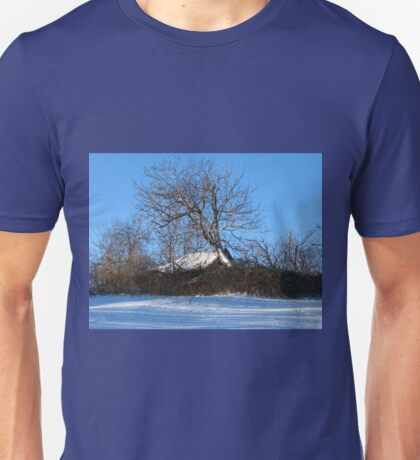 A Barn & Tree Romanian Winter scene Unisex T-Shirt