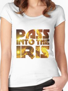 Pass into the Iris - Zenyatta Ulti Women's Fitted Scoop T-Shirt