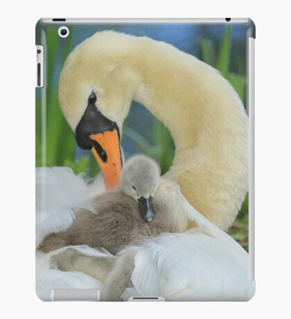 Little fluff iPad Case/Skin