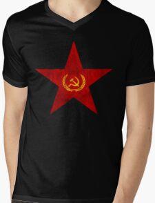 VINTAGE USSR SOVIET STAR Mens V-Neck T-Shirt