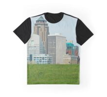 Des Moines Skyline Graphic T-Shirt