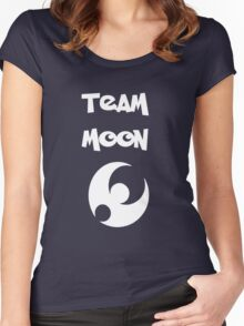 Team Moon Women's Fitted Scoop T-Shirt