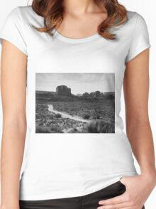 The Road in Tse'Bii'Ndzisgaii ~ Monument Valley Women's Fitted Scoop T-Shirt