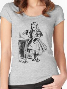 Alice in Wonderland - Drink Me Women's Fitted Scoop T-Shirt