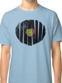 Cool Broken Vinyl Record Grunge Vintage Classic T-Shirt