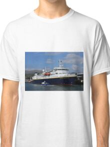 National Geographic Explorer in Dingle harbour Classic T-Shirt