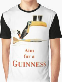 GUINNESS AIM FOR A GUINNESS VINTAGE ART Graphic T-Shirt