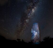 Milky Way over Sculptures by tbgphoto