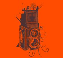 Retro Rolleiflex - Evolution of Photography - Vintage #2 Kids Tee