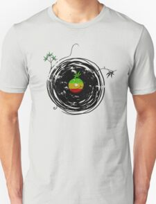 Reggae Music Peace - Vinyl Records Weed Cannabis - Cool Retro Music DJ inspired design T-Shirt
