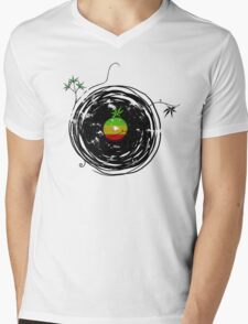 Reggae Music Peace - Vinyl Records Weed Cannabis - Cool Retro Music DJ inspired design Mens V-Neck T-Shirt