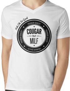 Vintage Retro Cougar Hot Milf T-shirt Mens V-Neck T-Shirt
