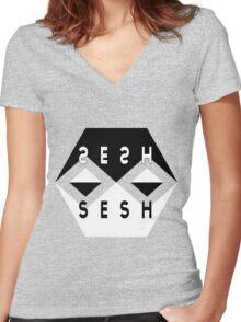SESH SESH Women's Fitted V-Neck T-Shirt