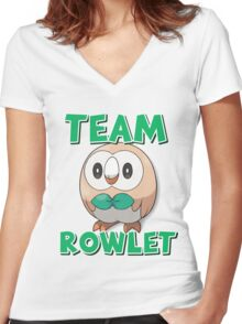 Team Rowlet ! Women's Fitted V-Neck T-Shirt