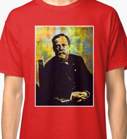 LOUIS PASTEUR (LARGE) Classic T-Shirt