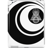 ON MY OWN paranoic logo 2 iPad Case/Skin
