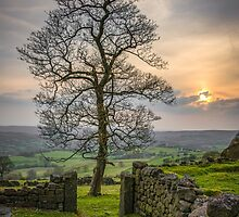 Sunset in the peak district by alan tunnicliffe